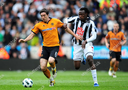 Stephen Ward of Wolverhampton Wanderers and Somen Tchoyi of West Bromwich Albion United Kingdom Wolverhampton