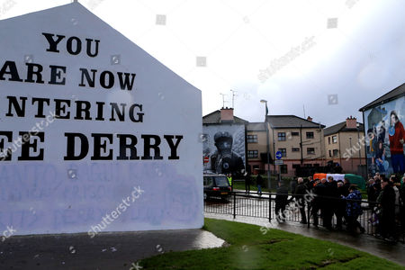 The Funeral of Martin McGuinness makes its way though the nationalist Bogside area of Derry, Northern Ireland, 21 March 2017. Sinn Fein's Martin McGuinness, Northern Ireland's former deputy first minister, has died aged 66. It is understood he had been suffering from a rare heart condition. The former IRA leader turned peacemaker worked at the heart of the power-sharing government following the 1998 Good Friday Agreement. He became deputy first minister in 2007, standing alongside Democratic Unionist Party leaders Ian Paisley, Peter Robinson and Arlene Foster.