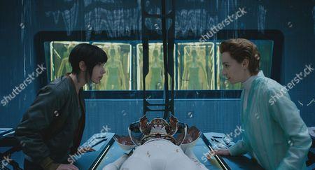 Scarlett Johansson, Anamaria Marinca