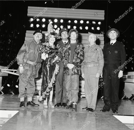 Jim Davidson on stage. L to R, Windsor Davidson, unknown, Tony Selby, Jim Davidson, Clive Dunn and Bill Pertwee