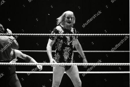 "Stock Photo of Catweazle vs ""Blondie"" Barrett"