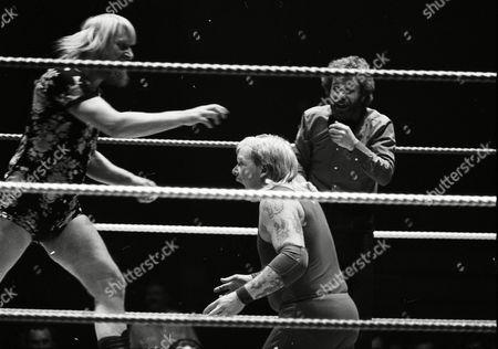 "Stock Image of Catweazle vs ""Blondie"" Barrett"