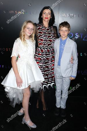 Liberty Ross with her children Skyla Sanders and Tennyson Sanders