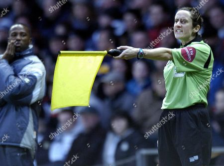 Referees Assistant Amy Rayner