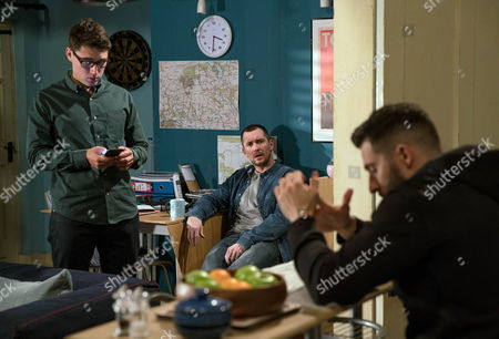Finn Barton, as played by Joe Gill, is determined to turn the taxi business around and asks Rebecca for a cash injection but Ross Barton, as played by Michael Parr, rejects her investment. Instead the brothers turn to Moira but will Ross demand his share of the business? (Ep 7802 - Tue 18 April 2017)