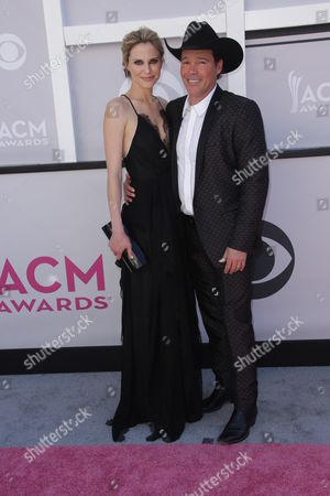 Stock Picture of Clay Walker and Jessica Craig