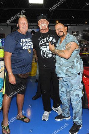 Honbky Tonk Man, Hulk Hogan and Bushwhacker Luke Williams