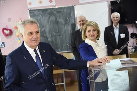 Serbian President Tomislav Nikolic cast his ballot for the presidential elections at a polling station in Belgrade