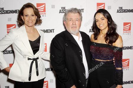 Sigourney Weaver, Walter Hill (Writer, Director), Michelle Rodriguez