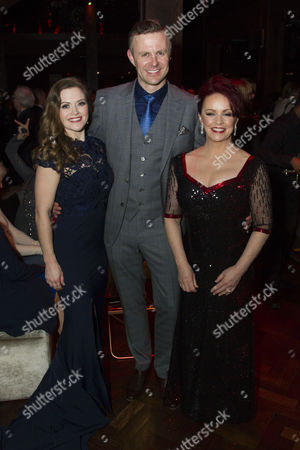 Clare Halse (Peggy Sawyer), Tom Lister (Julian Marsh) and Sheena Easton (Dorothy Brock)