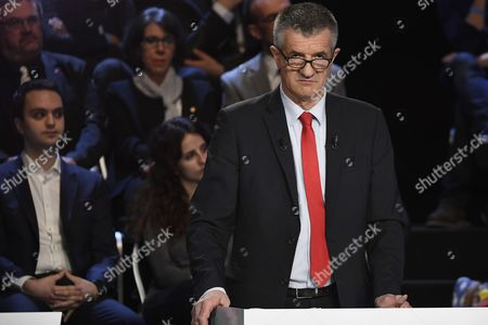 French lawmaker and independent candidate for French presidential election Jean Lassalle attends a debate organised by the French private TV channels BFM TV and CNews, between the eleven candidates for the French presidential election