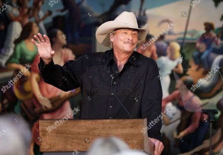 Singer and songwriter Alan Jackson speaks after it was announced, in Nashville, Tenn., that he is one of the 2017 inductees into the Country Music Hall of Fame along with songwriter Don Schlitz and the late singer and songwriter Jerry Reed