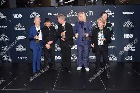 Yes - Steve Howe, Alan White, Bill Bruford, Rick Wakeman, Jon Anderson and Trevor Rabin