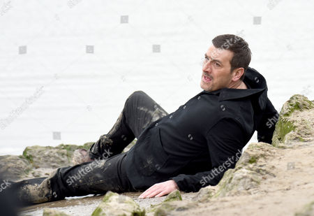 Peter Barlow, played by Chris Gascoigne