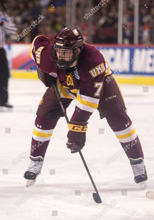 Minnesota Duluth forward Adam Johnson (7) during NCAA Hockey Frozen Four Championship game action between the Minnesota-Duluth Bulldogs and the Denver Pioneers at United Center in Chicago, Illinois. Denver defeated Minnesota-Duluth 3-2