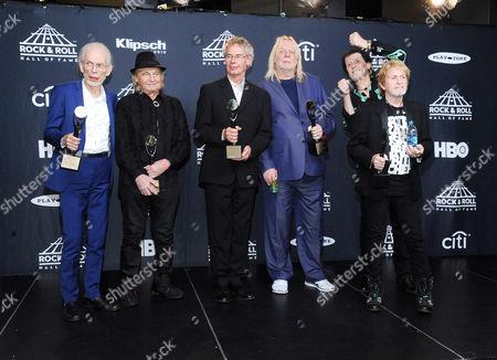 Steve Howe, Alan White, Bill Bruford, Rick Wakeman, Jon Anderson, Travor Rabin