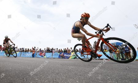 Gwen Jorgensen of the Usa Makes the Turn on Her Bicycle During the Women's Triathlon at Fort Copacabana in Rio De Janeiro Brazil 20 August 2016 the Rio 2016 Olympic Games Take Place From 06 to 21 August Brazil Rio De Janeiro