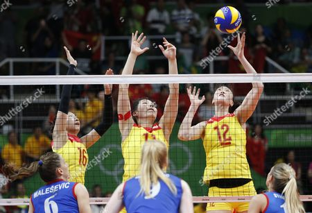Ruoqi Hui (r) of China in Action During the Women's Volleyball Gold Medal Match Between China and Serbia of the Rio 2016 Olympic Games at Maracanazinho Indoor Arena in Rio De Janeiro Brazil 20 August 2016 Brazil Rio De Janeiro