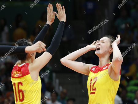 Xia Ding (l) and Ruoqi Hui of China React During the Women's Volleyball Gold Medal Match Between China and Serbia of the Rio 2016 Olympic Games at Maracanazinho Indoor Arena in Rio De Janeiro Brazil 20 August 2016 Brazil Rio De Janeiro