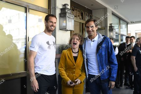 Swiss tennis player Federer, (R), and tennis player Andy Murray, of Britain, (L), with Zurich's Mayor Corine Mauch, (C), in Zurich, Switzerland, 10 April 2017. Federer and Murray play a charity game 'Match for Africa 3' on 10 April 2017. The charity event for the 'Roger Federer Foundation' raises money for African children.