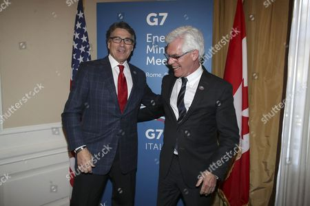 Rick Perry, Secretary of Energy for the United States, and James Gordon Carr, Minister of Natural Resources for Canada.