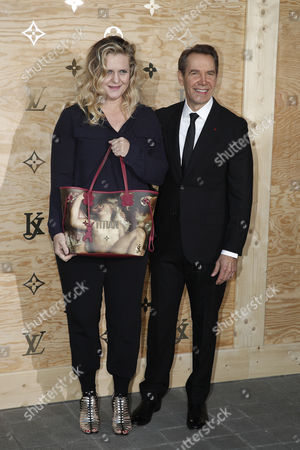 Jeff Koons and Justine Wheeler
