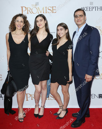 Melina Kanakaredes and family