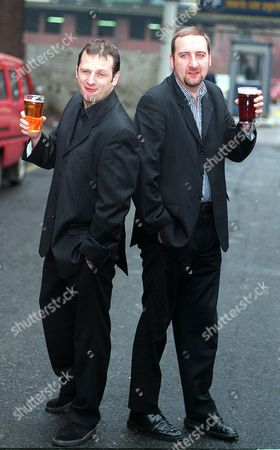PIC KEVIN HOLT. NEW PRESENTER FOR RADIO ONE, TAKING OVER FROM CHRIS EVANS.....MARK RADCLIFFE (LEFT) WITH HIS PARTNER ON THE SHOW, MARC RILEY ,AKA LARD......OUTSIDE BBC HQ IN OXFORD ROAD MANCHESTER.