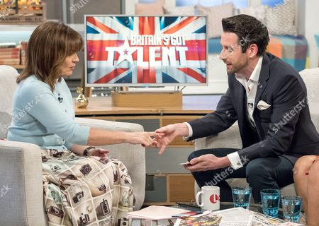 Stock Image of Lorraine Kelly and Jamie Raven
