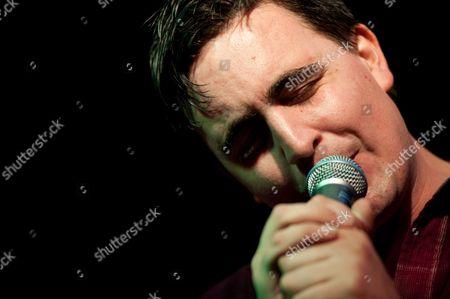 Art Brut, Butterley, Derbyshire, Eddie Argos, Festival, Indietracks, Midland Railway, UK, english, german, indie rock, punk rock