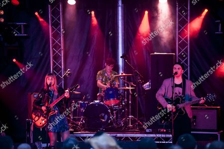 Stock Image of Derbyshire, Eugene Kelly, Festival, Frances McKee, Indie, Indietracks, Midland Railway, The Vaselines, alternative, eighties, main stage, music, music festival, outdoor stage, pop, rock, scottish, summer