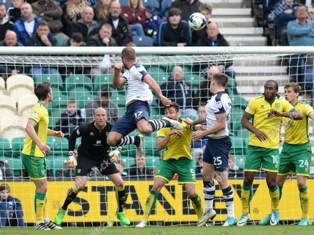 Tommy Spurr of Preston North End (centre) scores his side?s first goal during the Sky Bet Championship match between Preston North End and Norwich City played at Deepdale Stadium, Preston on 17th April 2017