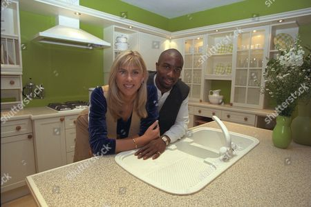 Daily Mail Ideal Home Exhibition 1997. Pictures Show. Sharron Davies And Derek Redmond With Their Dream Rooms. Derek And Sharron Where Divorced 2/3/2000