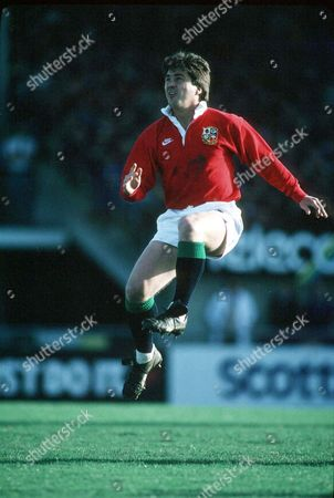 Stuart Barnes - Lions fly half. New Zealand 30-13 British & Irish Lions Tour to New Zealand 1993