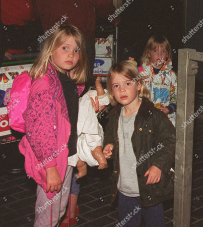 Lady Amelia Spencer(middle) Daughter Of Charles Earl Spencer With Sisters Kitty (l) And Eliza (r).