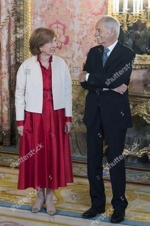 Eduardo Mendoza Garriga and his first wife, Anna Soler