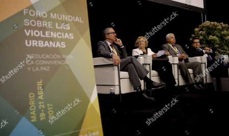 (L-R) Brussels' Mayor, Yvan Mayeur, Madrid's Mayoress, Manuela Carmena, Tripoli's Mayor, Ahmad Kamareddine, and Montreal's Denis Coderre, attend the second day of the 'World Forum on Urban Violence and Education for Better Living and Peace' in Madrid, Spain, 20 April 2017. EFE/JuanJo Martin