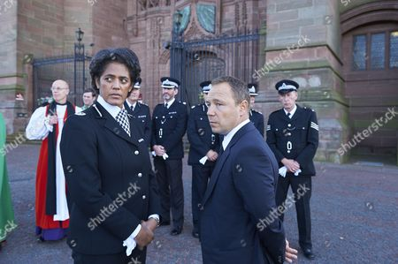 Stock Picture of Episode 2 - Stephen Graham as Dave Kelly and Sara Powell as Asst Chief Constable Gallan.