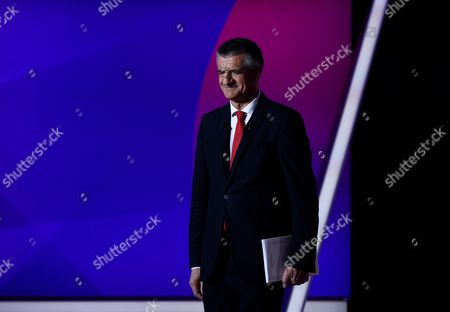 French presidential candidate Jean Lassalle arrives to take part in a special political TV show entitled '15mn to convince' at the studios of French television channel France 2 in Saint-Cloud, west of Paris, France, 20 April 2017, a few days ahead of the first round of the presidential election. France holds the first round of the 2017 presidential elections on 23 April 2017.