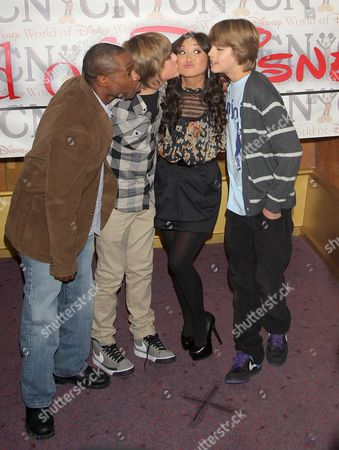 Stock Image of Phill Lewis, Dylan Sprouse, Brenda Song and Cole Sprouse