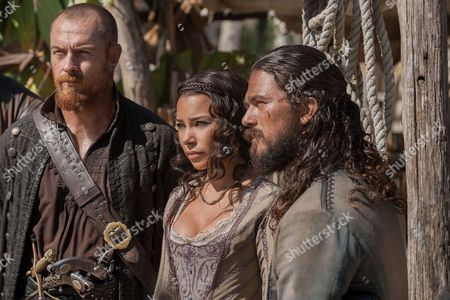 Stock Image of Toby Stephens, Jessica Parker Kennedy, Luke Arnold