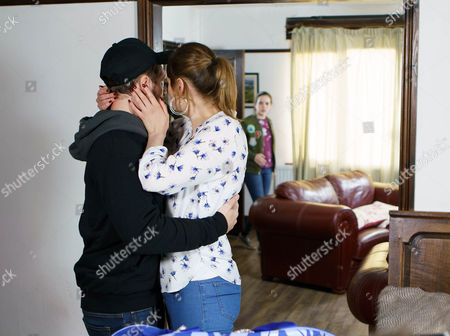 Explaining to Tracy Barlow, as played by Kate Ford how her face is all over the news Rob Donovan, as played by Marc Baylis, implores her to take Amy Barlow, as played by Elle Mullvaney, home leaving him to go it alone. How will Amy react when she returns to the cottage to find Rob. (Ep 9157 - Fri 5 May 2017)