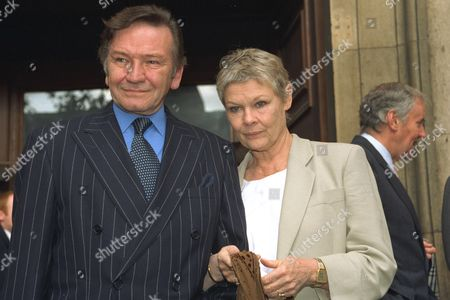 Editorial image of Dame Judi Dench & Michael Williams 'at St Paul's Church Covent Garden London' For Sir Michael Hordern 's Memorial Service - Michael Williams Has Died After A Long Battle With Cancer His Agent Said Today Friday January 12 2001.