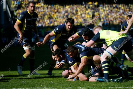 Stock Picture of Clermont's Patricio Fernandez, center, powers his way through the Leinster's defense during their European Rugby Champions Cup semifinal match at Gerland stadium, in Lyon, central France