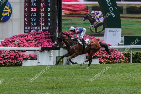 Bossie, ridden by, Neil Callan, win the 1st race at the Audemars Piguet QEII Cup meeting, Hong Kong, Sha Tin Racecourse