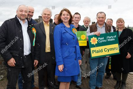 Plaid Cymru leader Leanne Wood with members and supporters