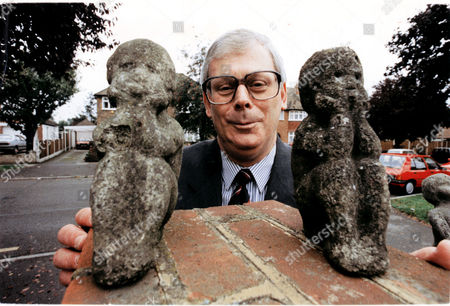 Terry Major - Ball With Family Gnomes.
