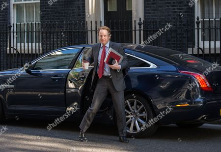 Stock Image of Ben Gummer, Minister for the cabinet office, arrives for the political cabinet meeting