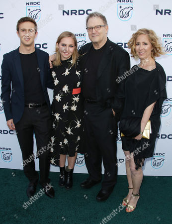 Albert Brooks, Kimberly Shlain and Family
