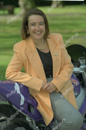 Nicola Foulston Chief Executive Of Brands Hatch Named Veuve Clicquot Businesswoman Of The Year.